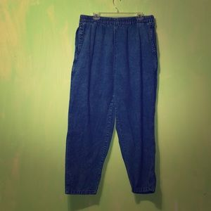 Pants - Classic blue jeans with elastic waistband